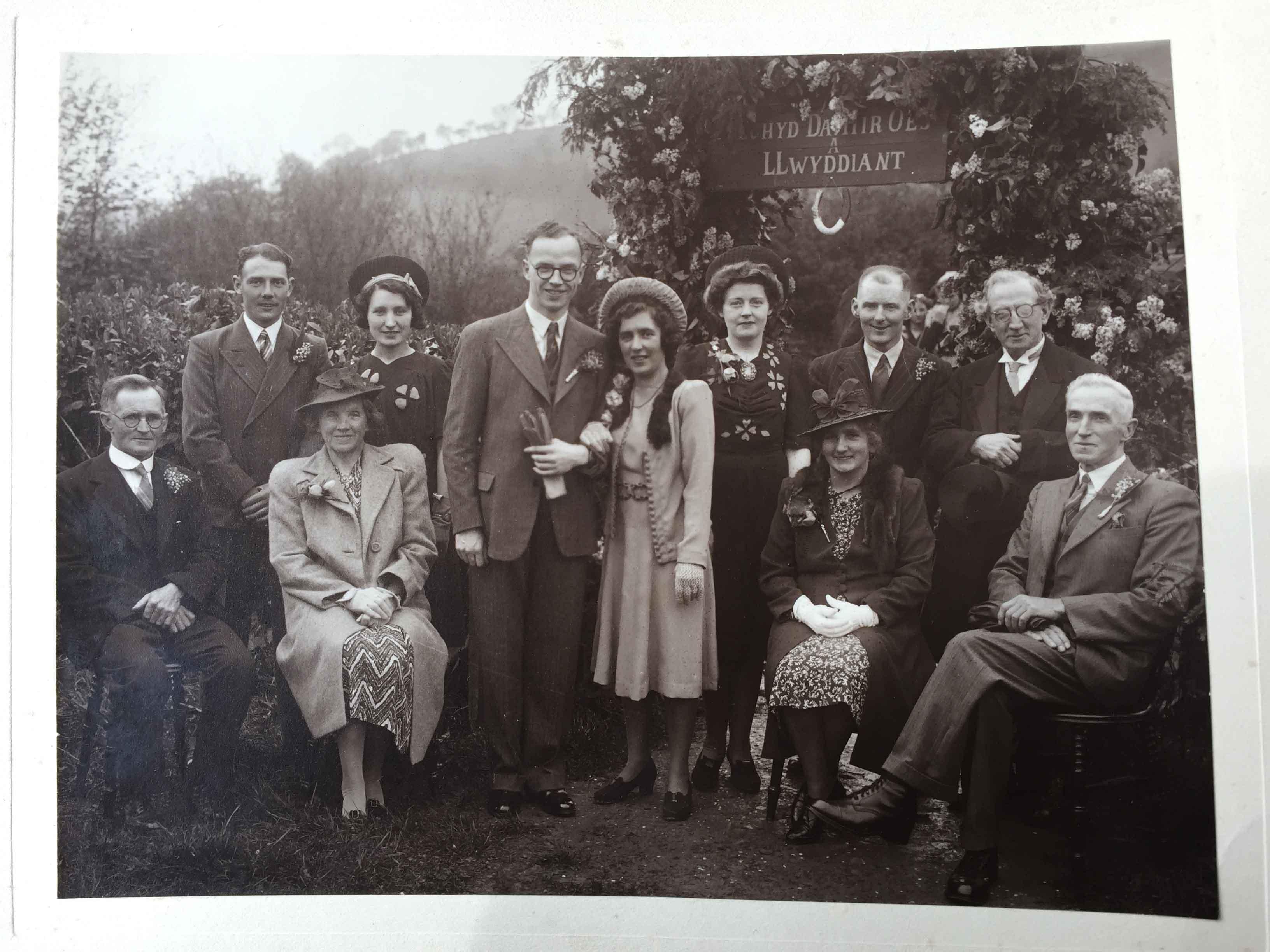 Wedding-in-Llanfynydd